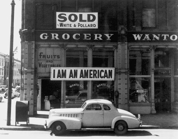 763px-japaneseamericangrocer1942