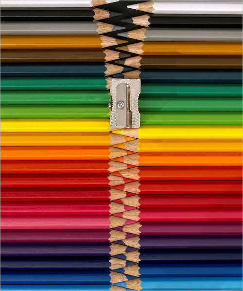 color pencil zipper